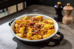 40% Reducere: Loaded Fries image