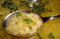 Supă de găină cu tășcuțe  image
