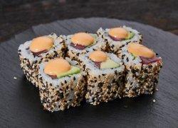Spicy tuna maki image