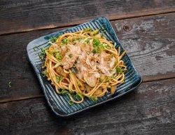 Udon noodles cu ton image