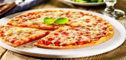 30% REDUCERE: Pizza Margherita image
