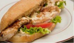 Sandwich șnițel pui - Meniu image