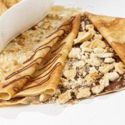 Clatite cu Nutella si biscuiti image