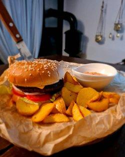 Burger Hot image