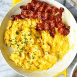 Scrambled eggs&bacon image