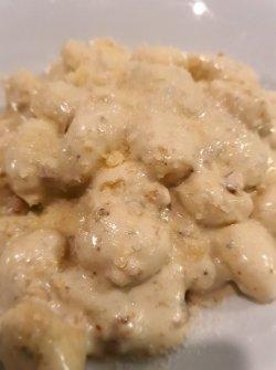 Gnocchi gorgonzola e noci image