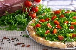 Pizza Saporita image