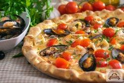 Pizza Frutti di mare image