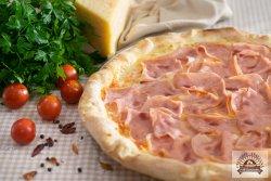 Pizza Al prosciutto image