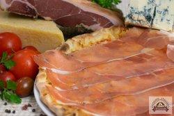 Pizza Speck e gorgonzola image
