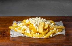 Cartofi prăjiți cu brânză telemea image