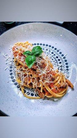 Penne/Spaghette alla amatriciana image