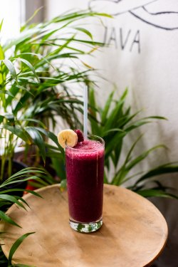 Spicy Pink Smoothie image