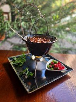 Bab gulyas de fasole la ceaun cu rasol de vită (reteta ungureasca)  image