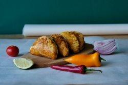 Empanadas stil peruan cu carne de pui image