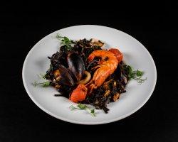Spagheti con Nero di Sepia frutti di mare  image