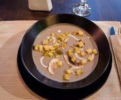 Supa crema de ciuperci image