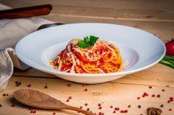 Spaghetti al pomodoro fresco e basilico image