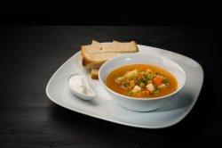 Supă din legume proaspete image