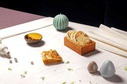 Turte coapte, pastă de fasole și desert (de post)  image