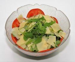 Salată Rucola e grana image