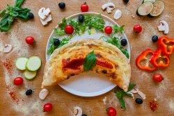 Pizza Calzone Classico image