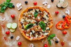 Pizza Misto Funghi image