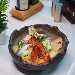 Shrimps Caesar Salad image