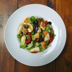 Grilled vegetables & Halloumi salad image