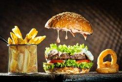 Gorgonzola beef burger image