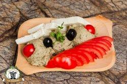 Salată de vinete cu roșii și telemea image