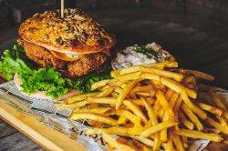 Crunchy Chicken Burger  image