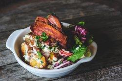 Salată de cartofi cu bacon crocant  image