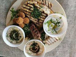 Platou libanez image