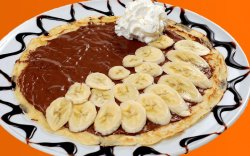 Clătite cu ciocolată și banane image