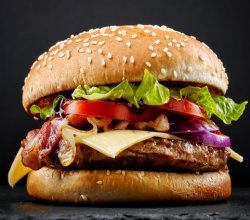 Speci Fi (City Burger + cartofi)
