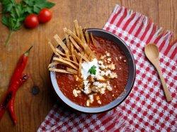Supă de roșii cu piept de pui și telemea    image