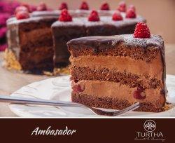 Tort Ambasador ciocolata si visine