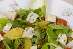 Salată gorgonzola image