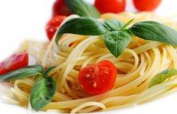 Tagliatele/spaghete Roșii-busuioc-mozzarella image