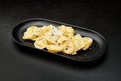 Tortellini quattro formaggi image