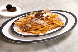 Patatine fritte al tartufo image
