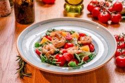 Salată fresca cu creveți image