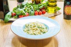 Spaghetti Aglio Olio E Pepperoncino con gamberi image