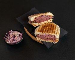 Sandwich Sweet Pastrami image