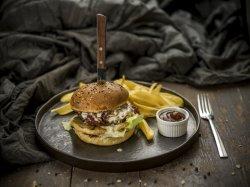 Burger de vită Trattoria cu cartofi image