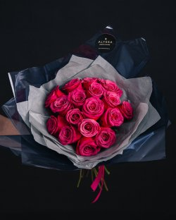 Surprise roses bouquet 25
