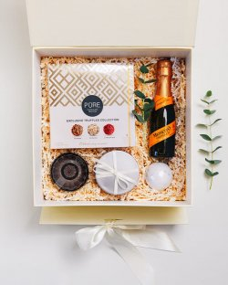 Thinking of you. Giftbox