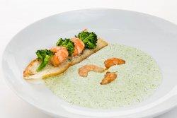Supă cremă de broccoli cu creveți   image