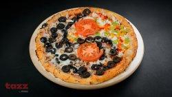 Pizza yin yang mare image